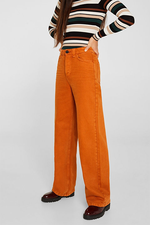 Wide trousers made of blended cotton