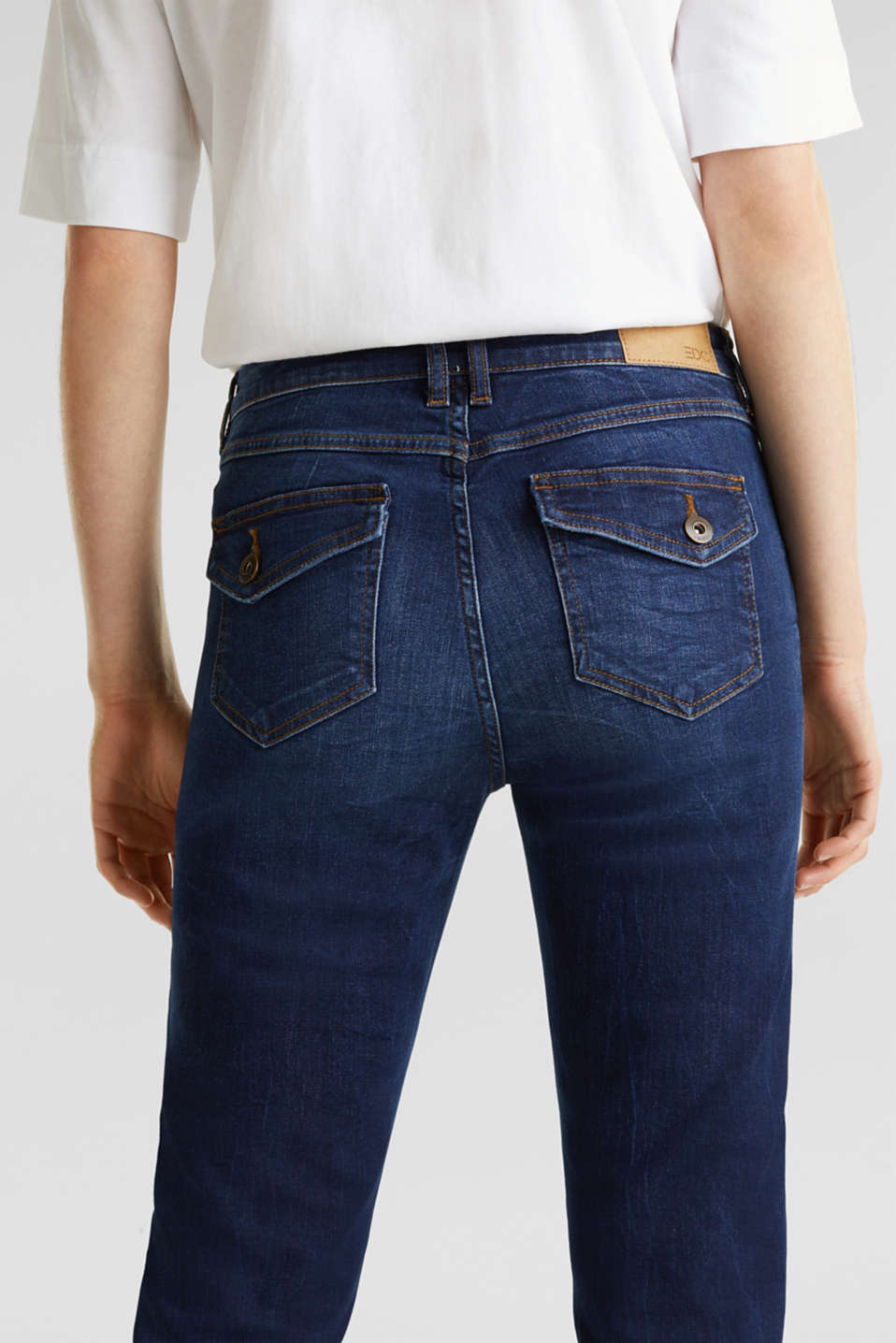 Stretch jeans with button-fastening flap pockets, BLUE DARK WASH, detail image number 5