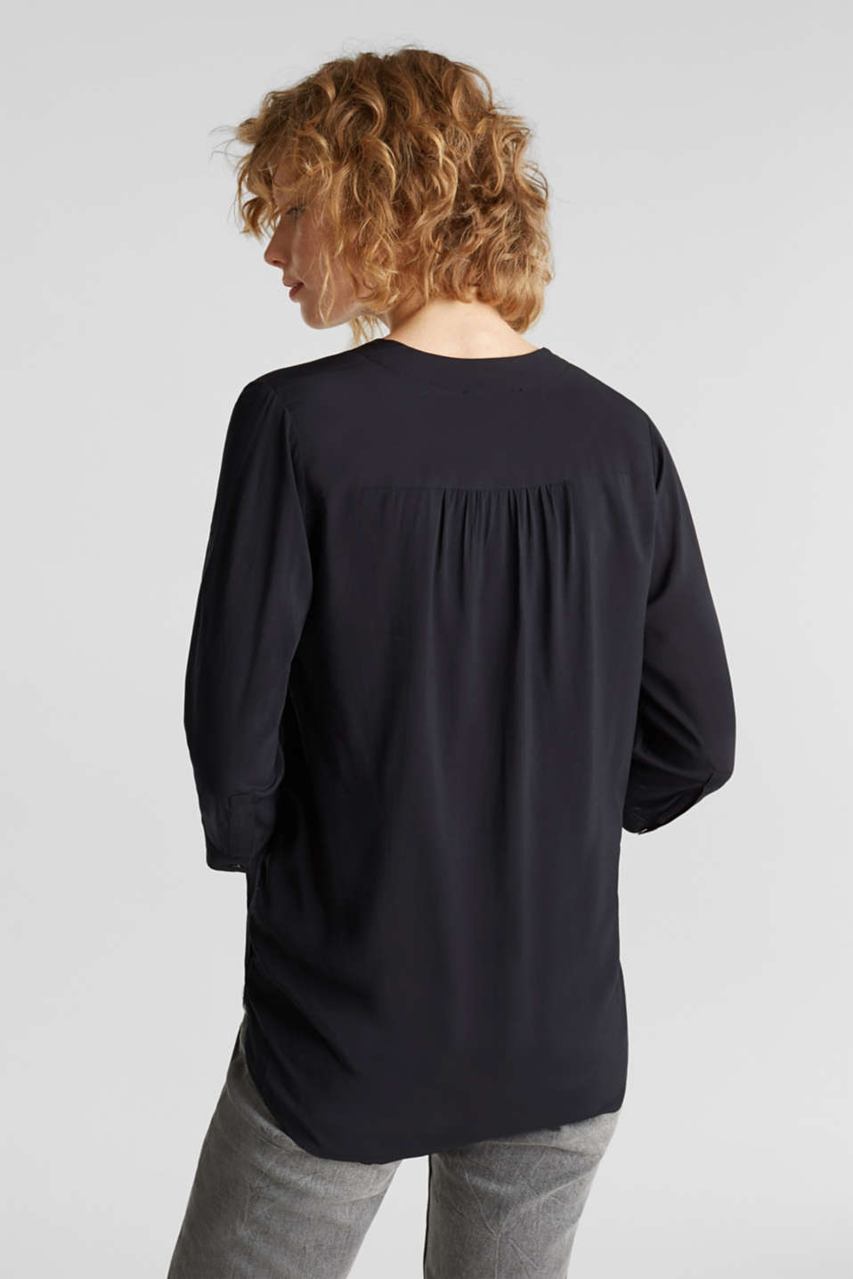 Blouse with LENZING™ ECOVERO™, BLACK, detail image number 3