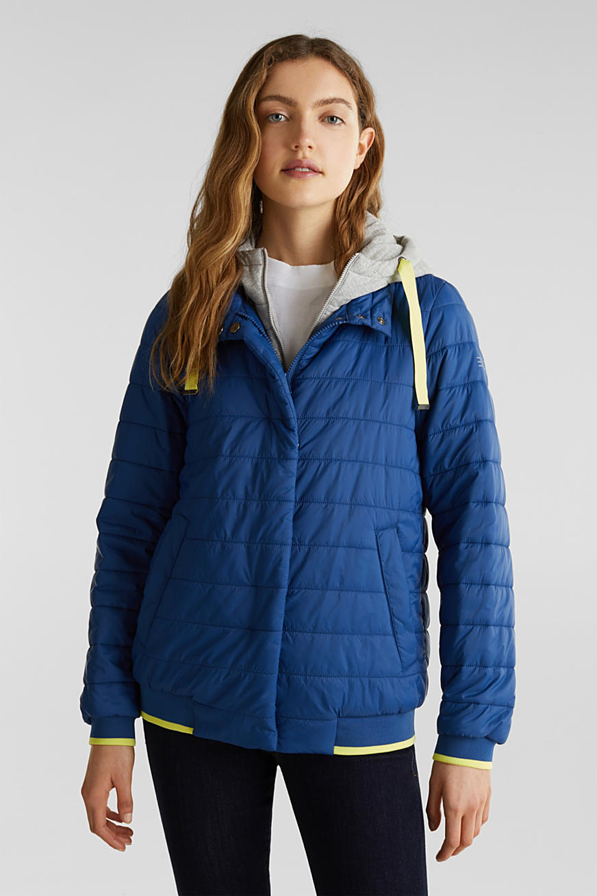 Two-in-one quilted jacket with an adjustable hood