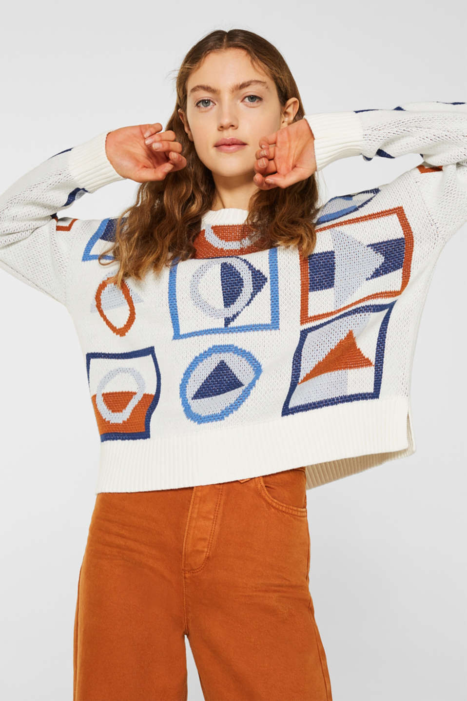 Jumper with a graphic pattern