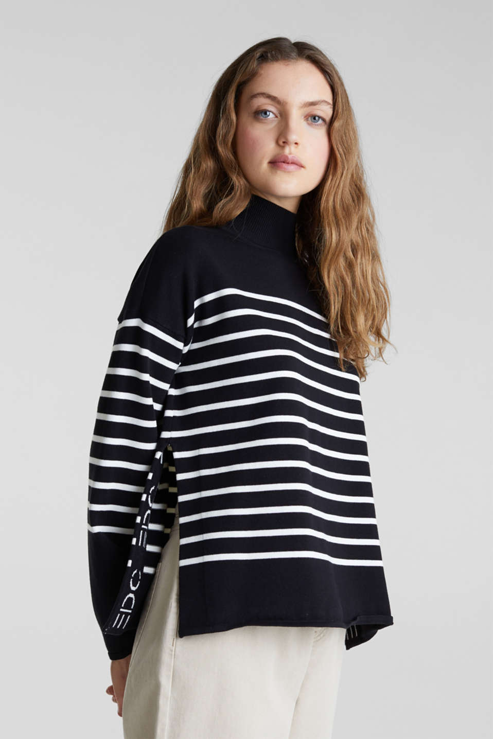 Jumper with a band collar and side slits, BLACK, detail image number 0