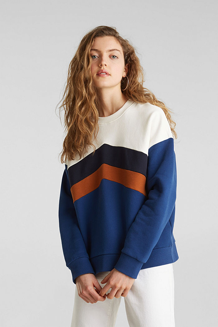 Sweatshirt with a colour block design