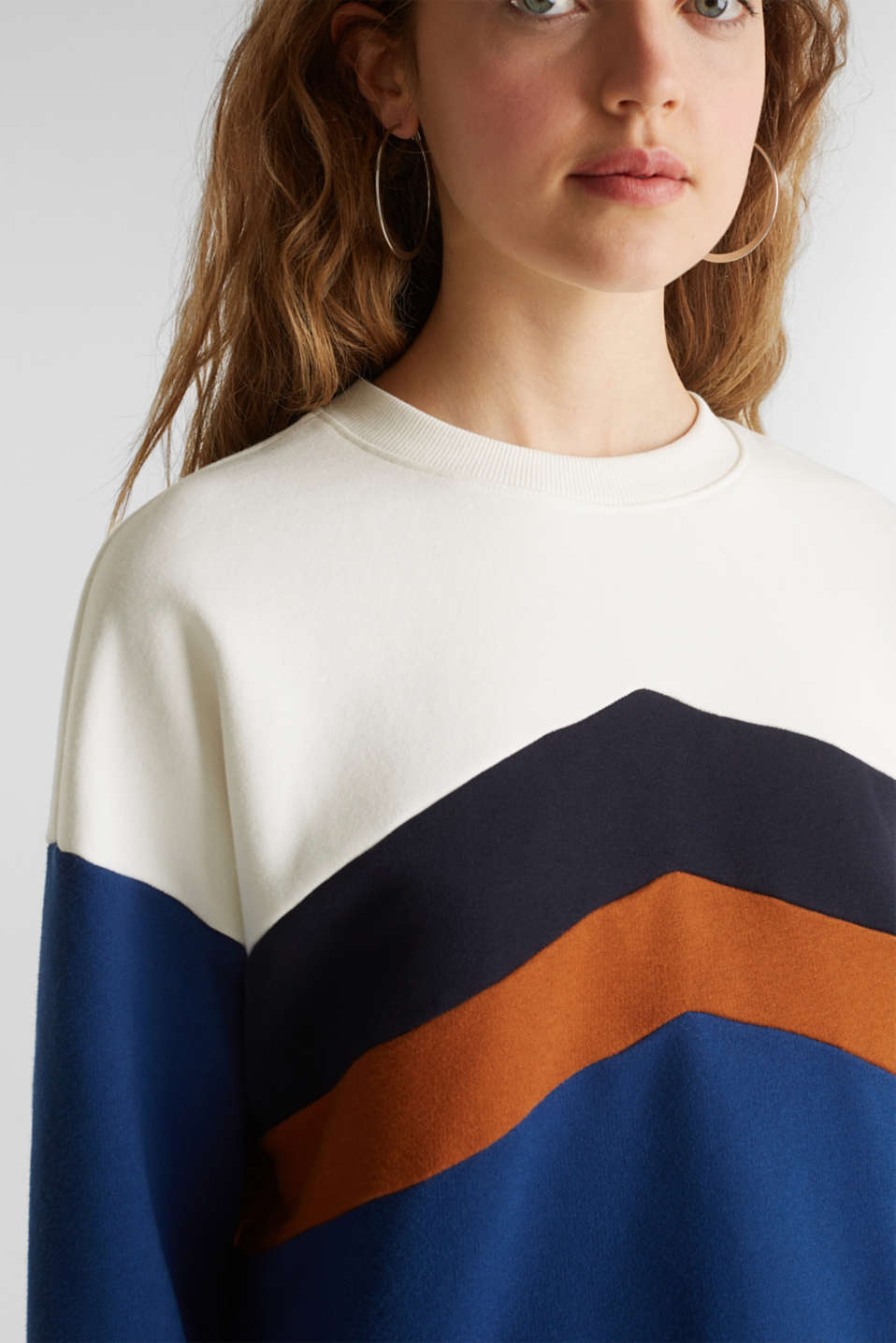 Sweatshirt with a colour block design, DARK BLUE, detail image number 2