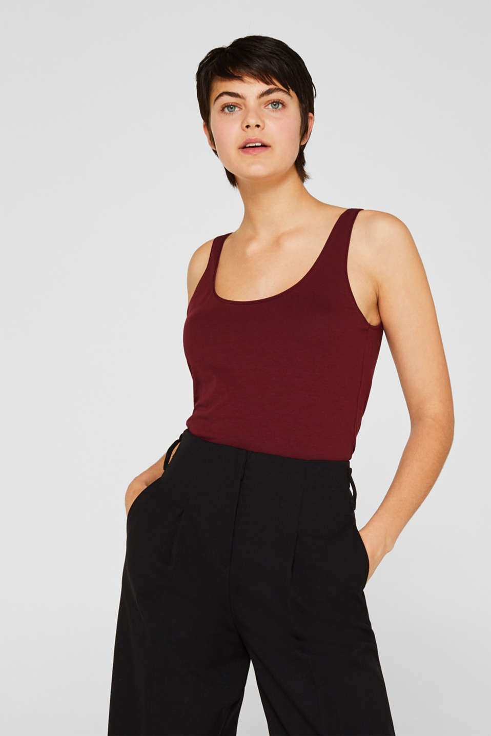 Basic top in stretch cotton, GARNET RED 4, detail image number 0