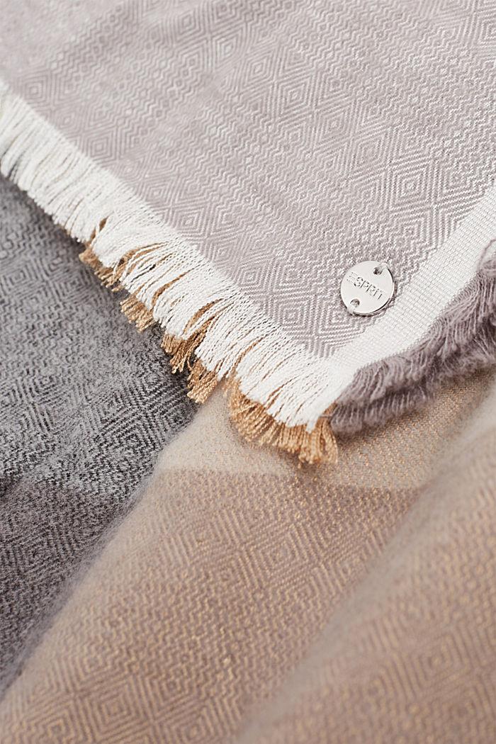 Tørklæde med LENZING™ ECOVERO™, GREY, detail image number 1