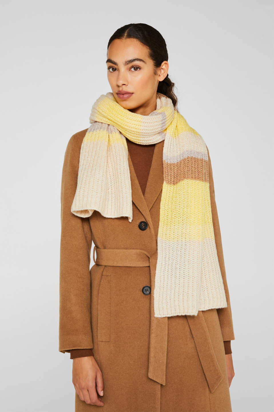 Wool blend: ribbed knit scarf, DUSTY YELLOW, detail image number 1
