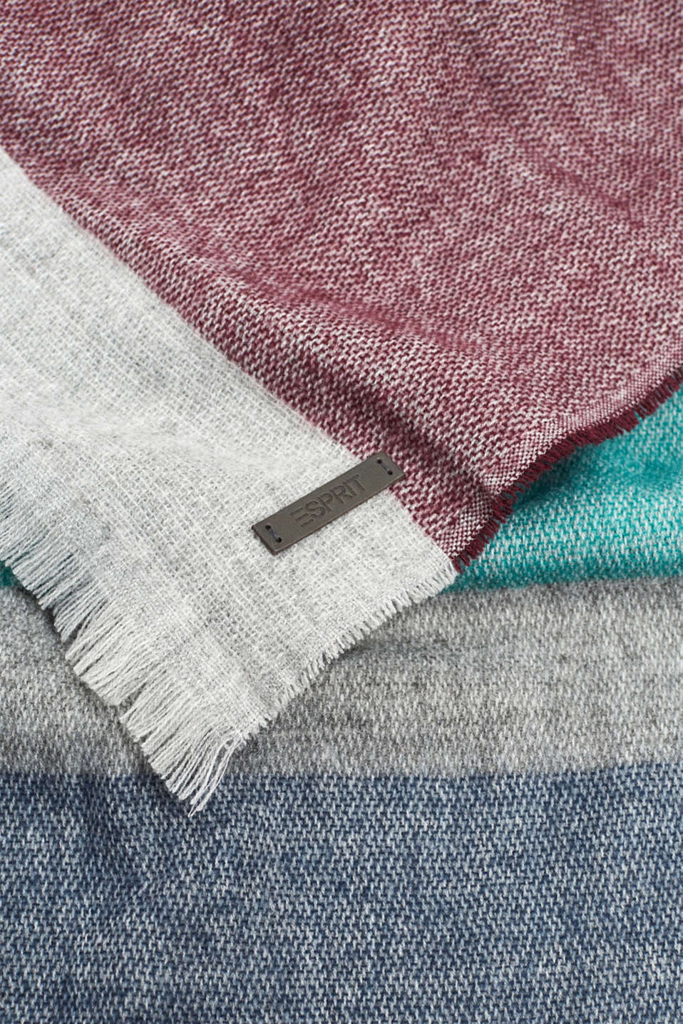 Scarf with colour block elements, LIGHT GREY, detail image number 2