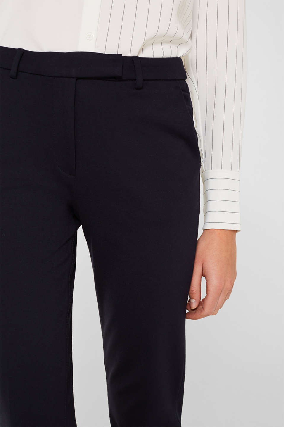 Chinos made of compact stretch jersey, NAVY, detail image number 2