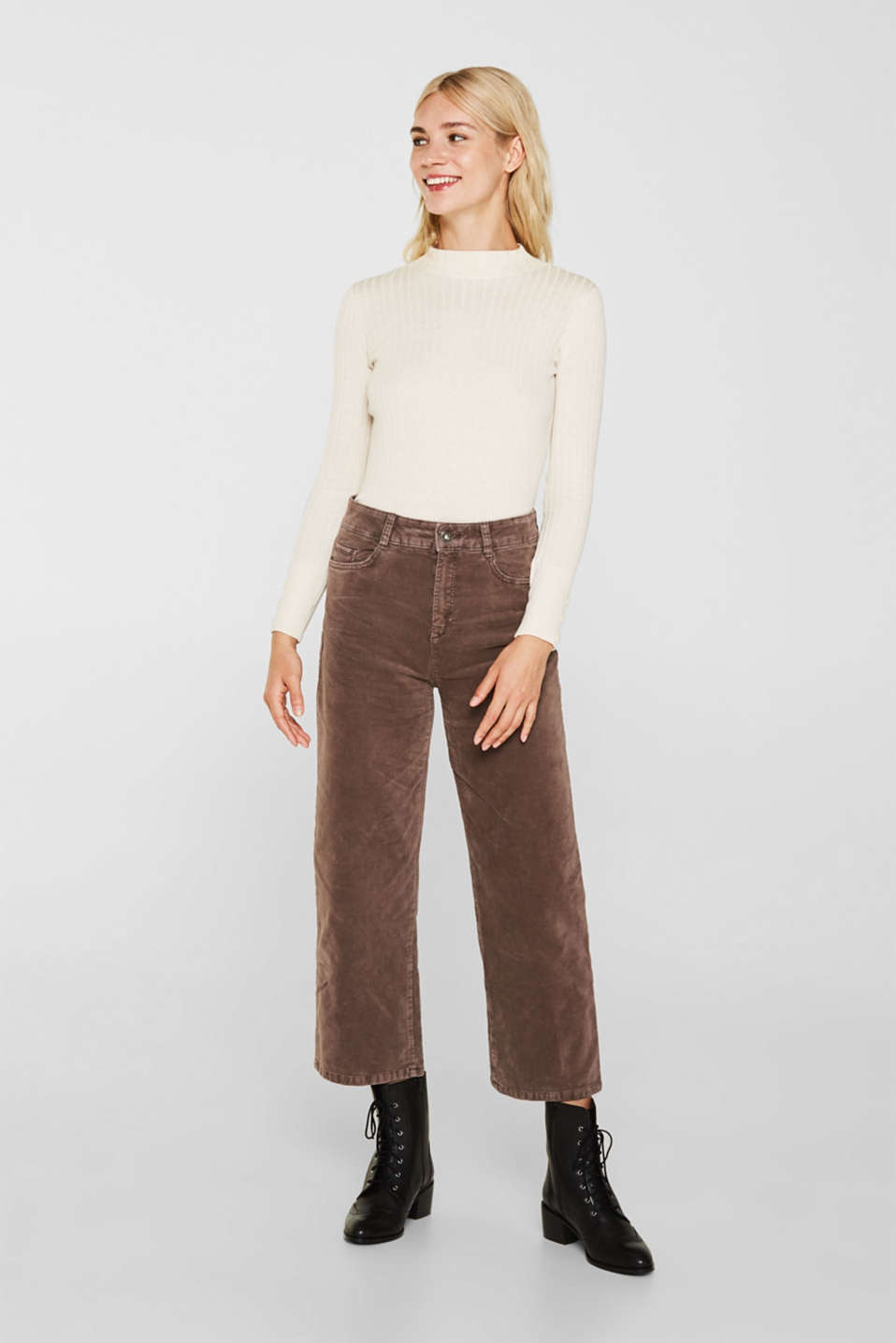 Comfy and stretchy velvet culottes, LIGHT TAUPE, detail image number 0