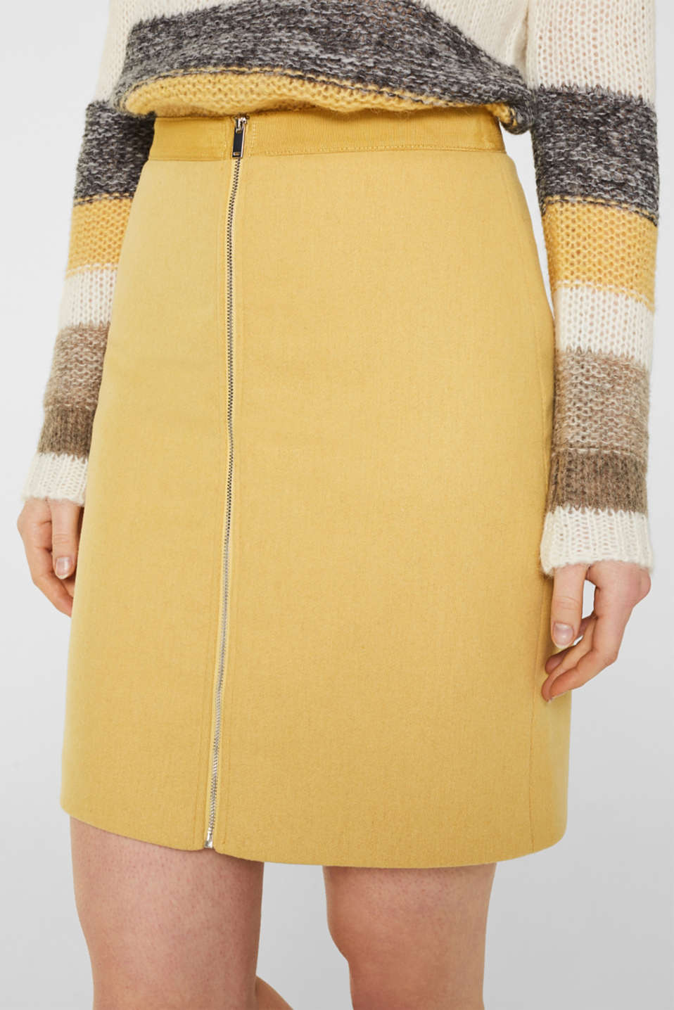 With wool: skirt with a front zip, YELLOW, detail image number 2