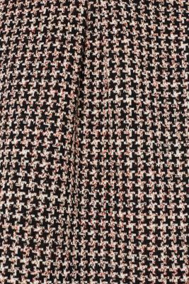 Houndstooth skirt in a tulip shape