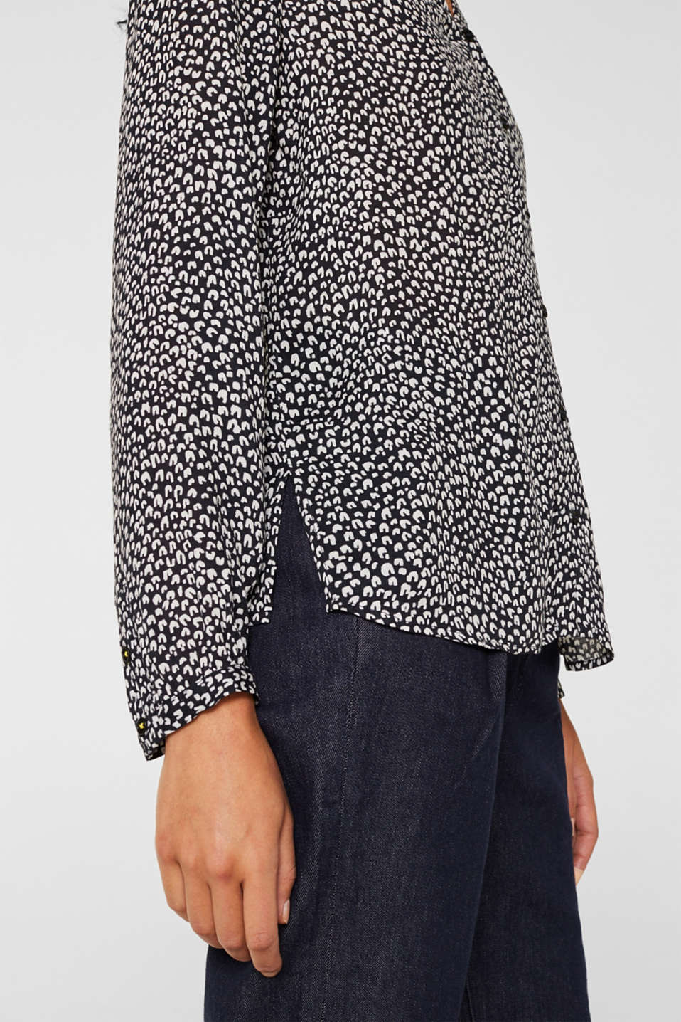 Delicate crêpe blouse with print, BLACK 3, detail image number 5