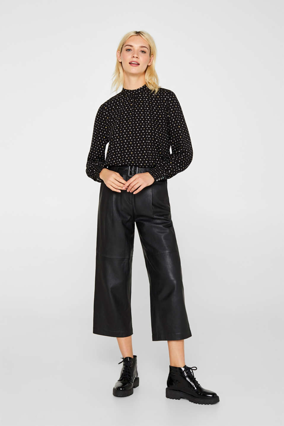 Printed blouse with smocked cuffs, BLACK, detail