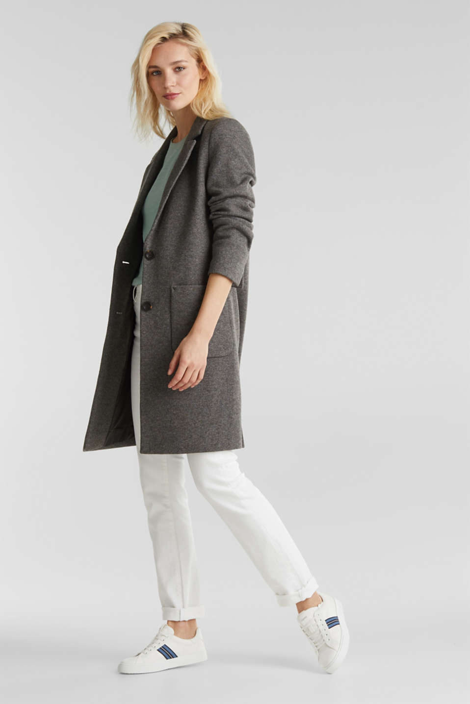Made of blended wool: Coat in a knit look, DARK GREY 5, detail
