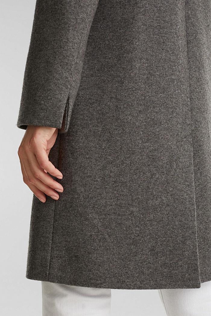 Aus Woll-Mix: Mantel in Strick-Optik, DARK GREY, detail image number 5