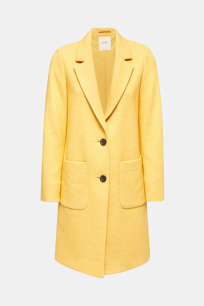 With wool: Coat in a fine knitted look