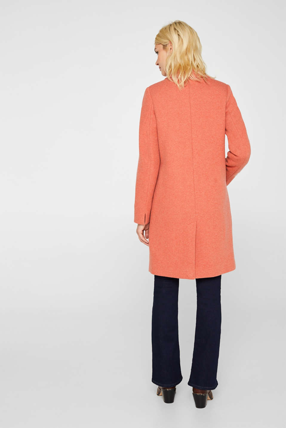 Made of blended wool: Coat in a knit look, BURNT ORANGE, detail image number 3