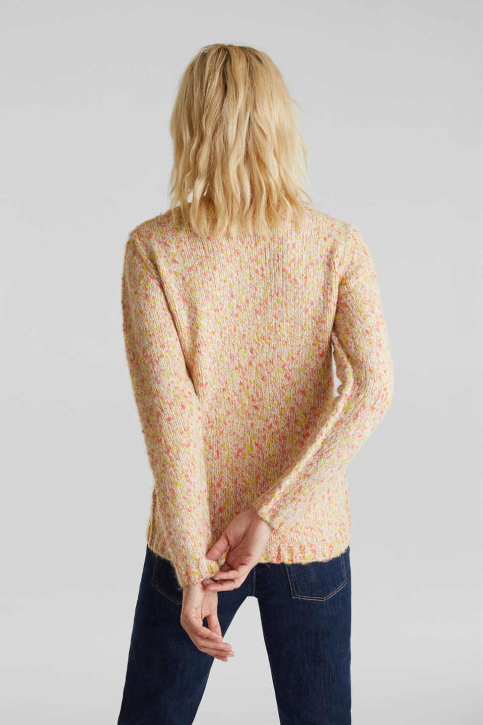 Wool blend: jumper with a dimpled texture, BEIGE, detail image number 3