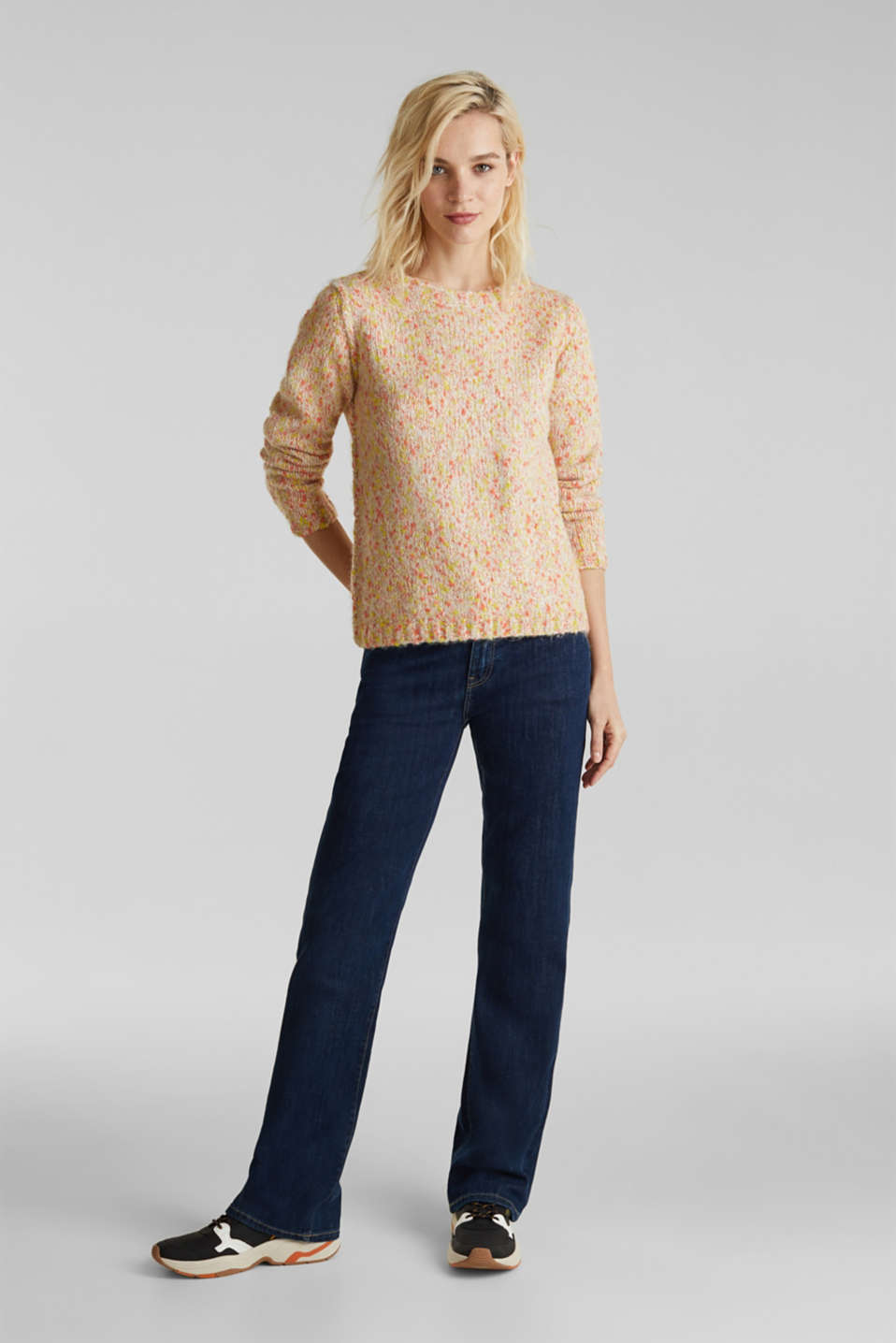 Wool blend: jumper with a dimpled texture, BEIGE, detail image number 1