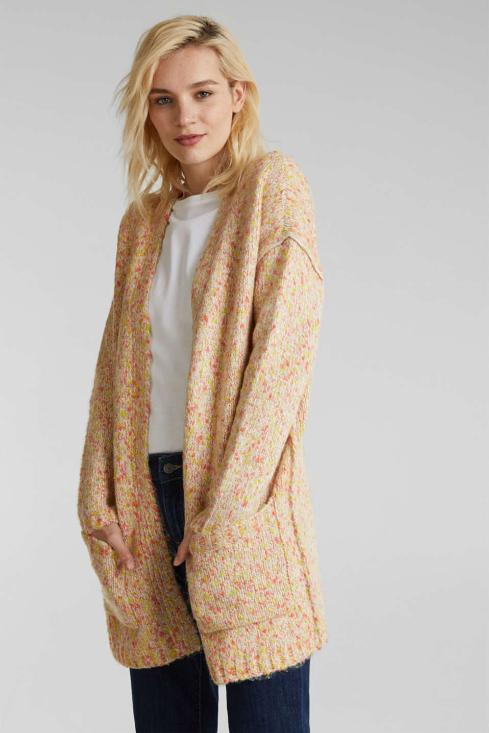 Esprit - Wool blend: Cardigan with a dimpled texture