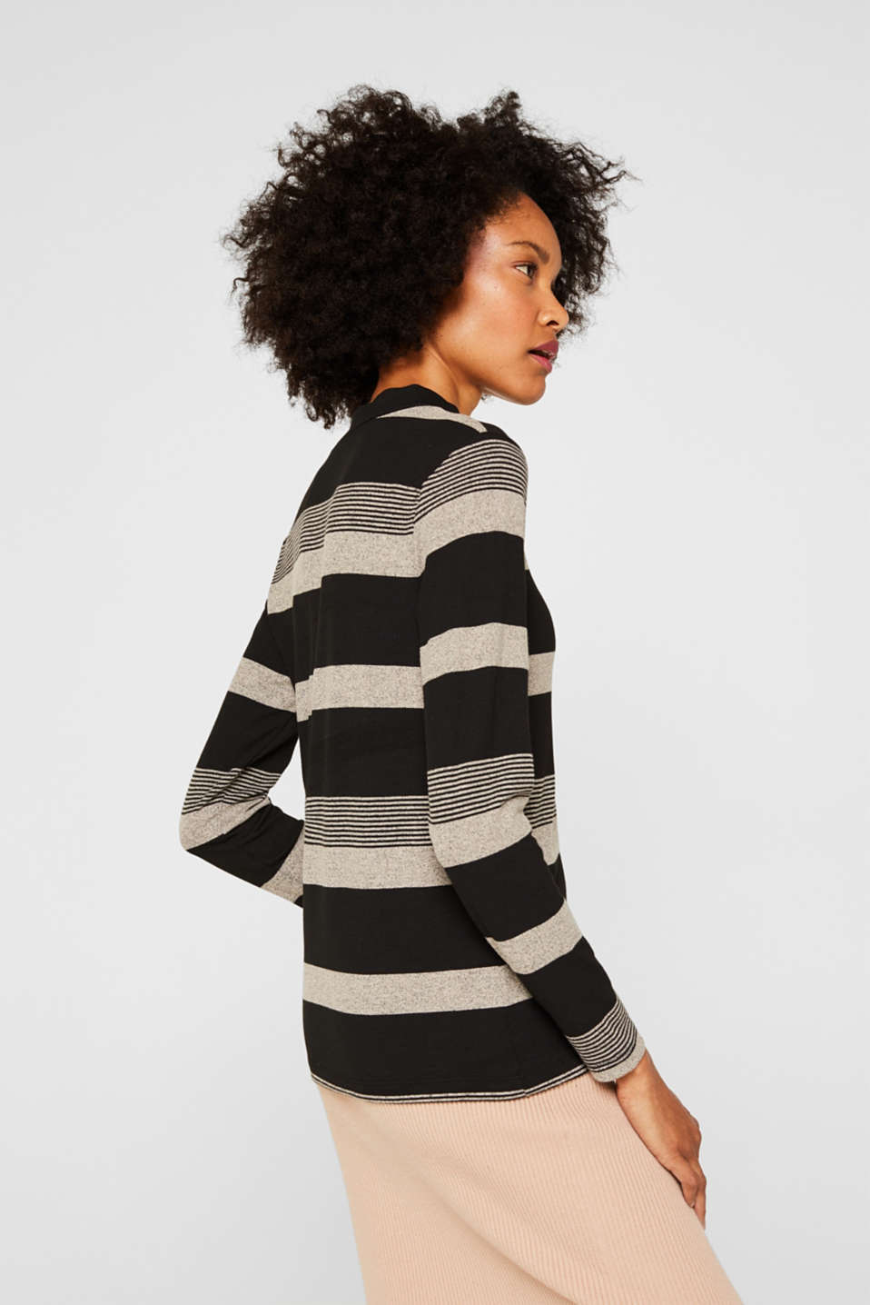 Long sleeve turtleneck top with stretch, BLACK, detail image number 3