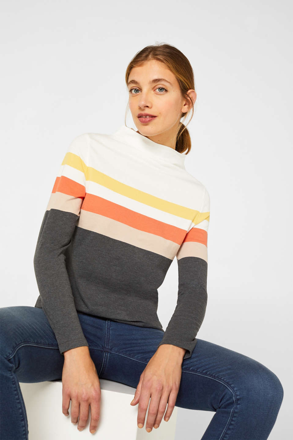 Long sleeve top with a stand-up collar, YELLOW, detail image number 0