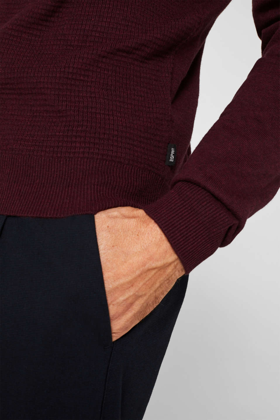 Cashmere blend: textured knit jumper, BORDEAUX RED 5, detail image number 2