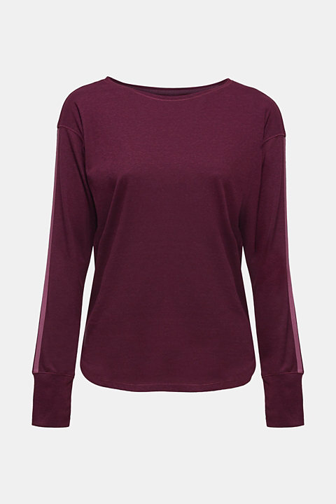 Long sleeve top with glittering stripes on the sleeves