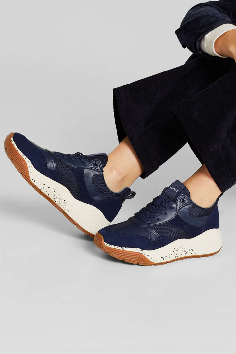 Trend trainers with an oversized sole, INK, detail image number 2