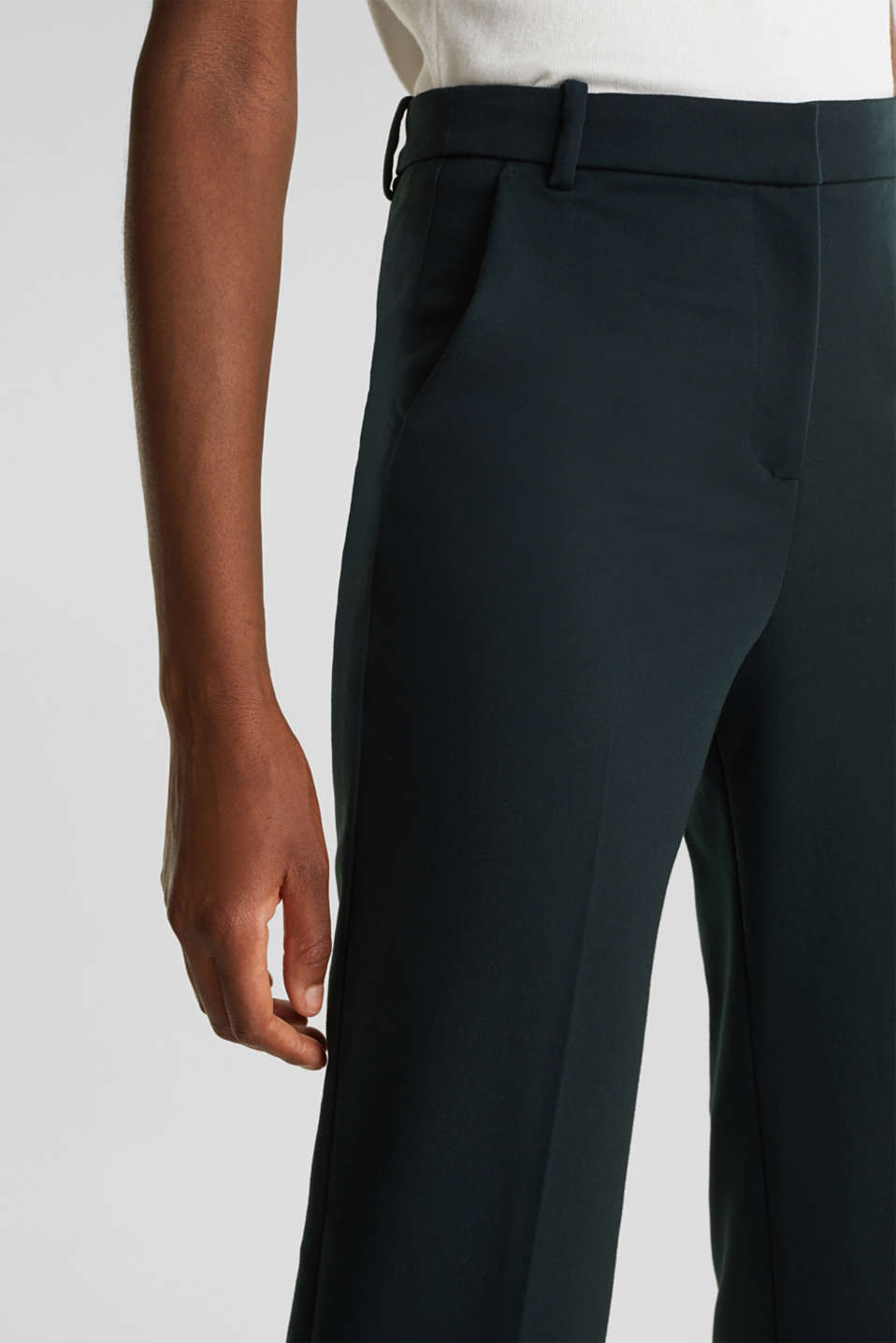 Stretch trousers with pressed pleats, DARK TEAL GREEN, detail image number 2