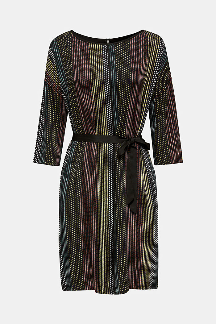 Woven dress with a print and a belt