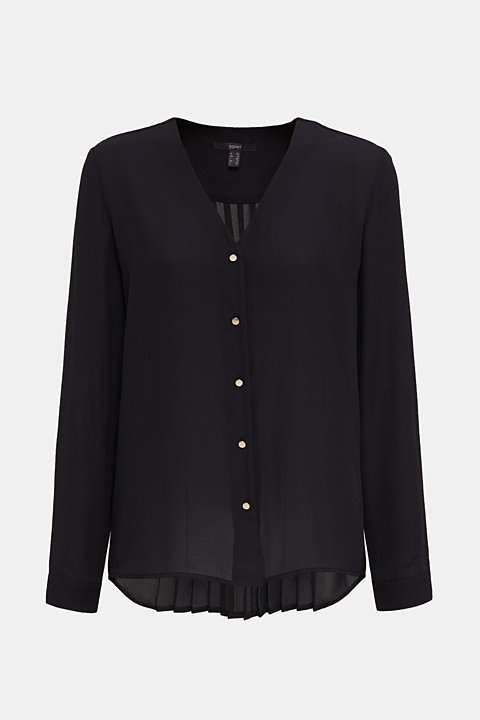 Crêpe blouse with a pleated back section