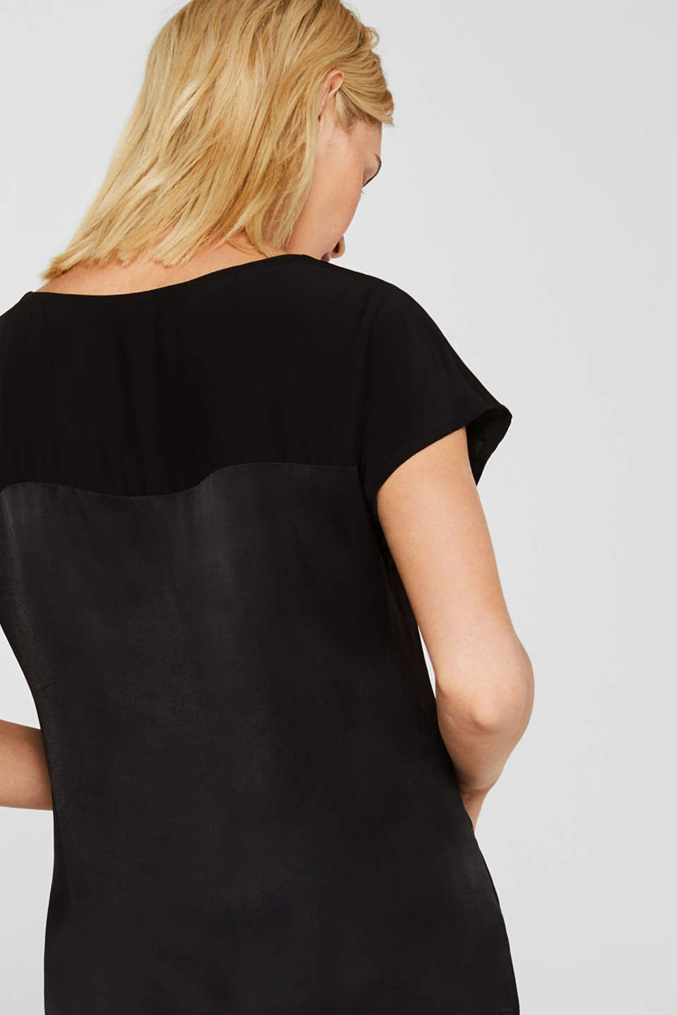 Blouse top in a shiny matte look, BLACK, detail image number 2