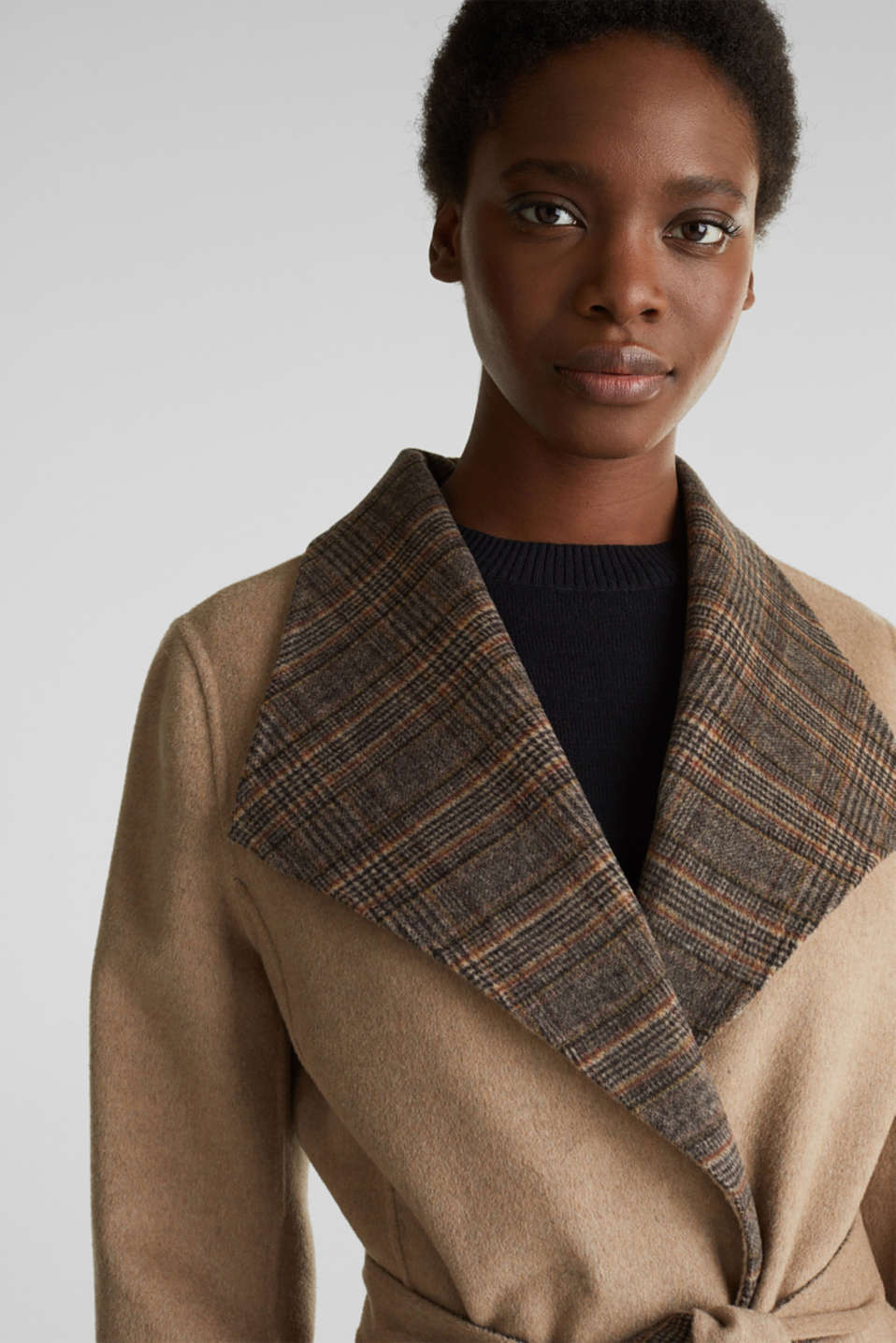 Made of blended wool: Coat with check details, BEIGE 5, detail image number 6