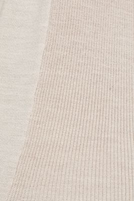 With responsible wool: long turtleneck jumper, NUDE 5, detail