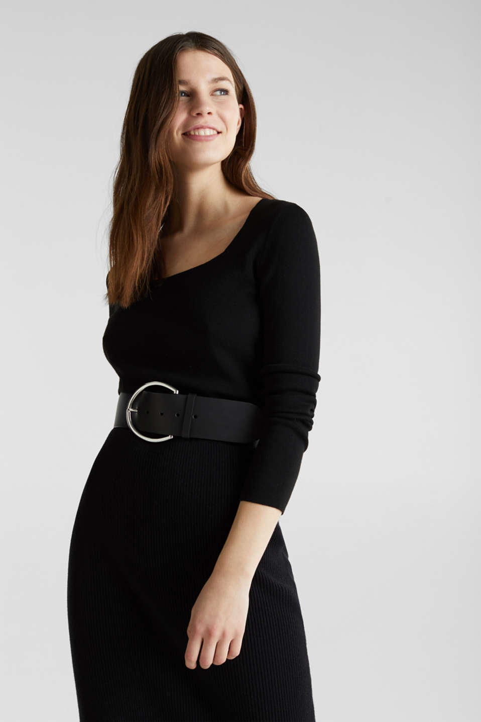 Cashmere blend jumper with a square neckline