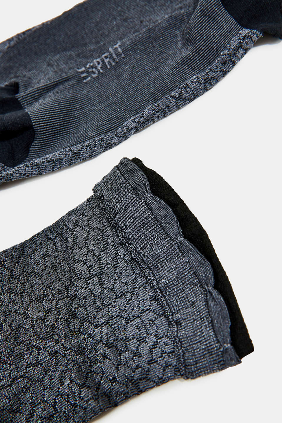With wool and cashmere: knitted socks, ANTHRA.MEL, detail image number 1