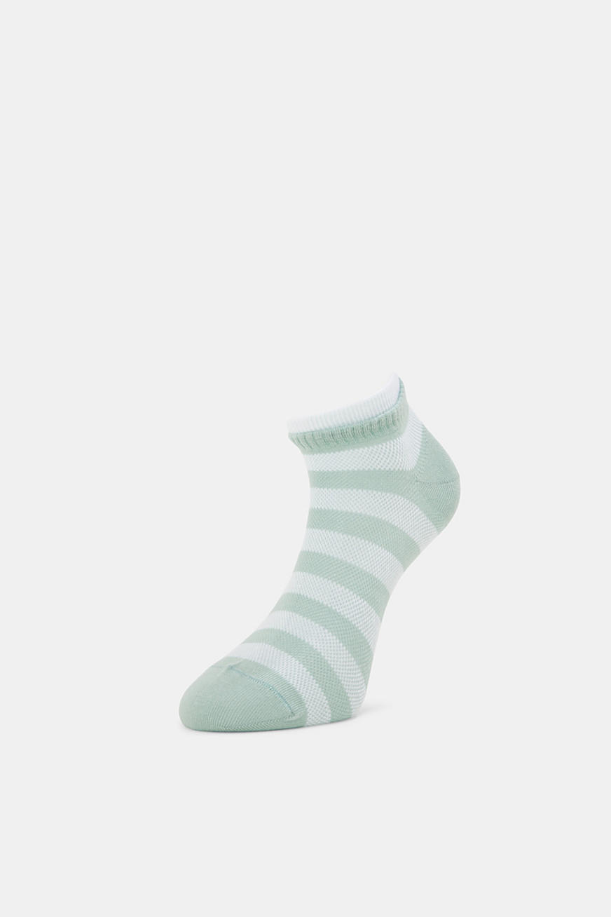 Two pack of trainer socks made of cotton mesh