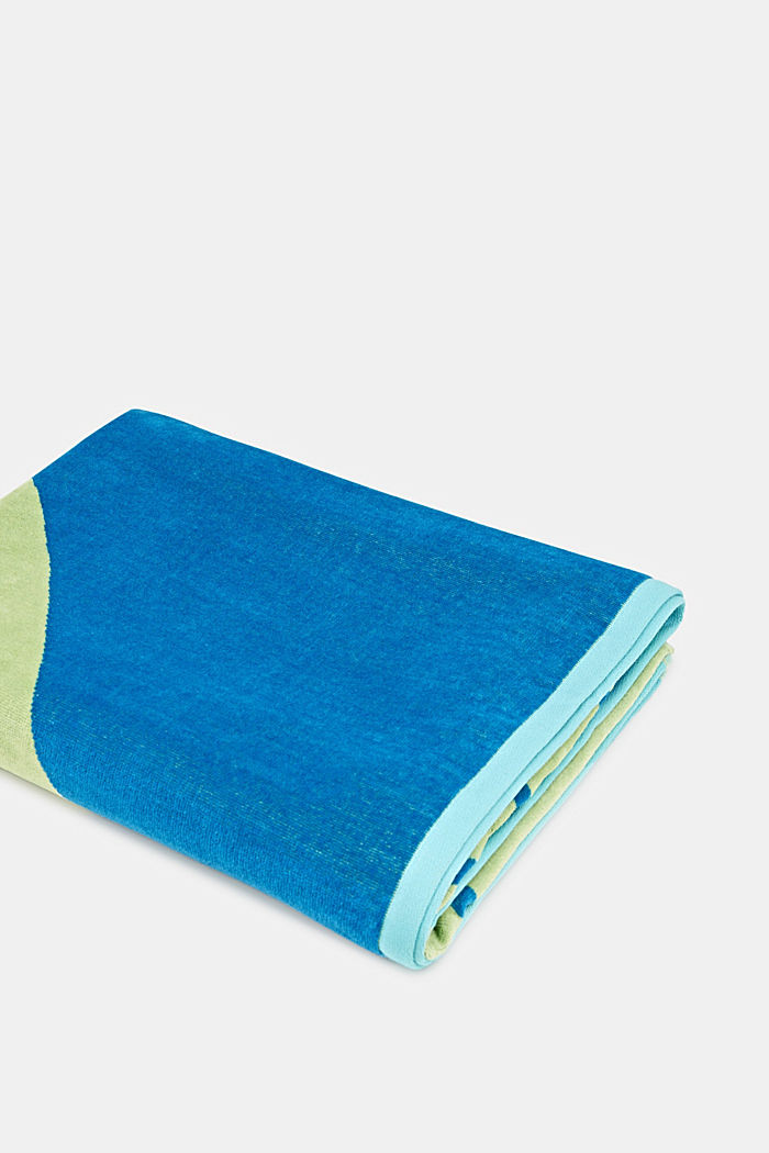 Towel with a geometric design, OCEAN BLUE, detail image number 0