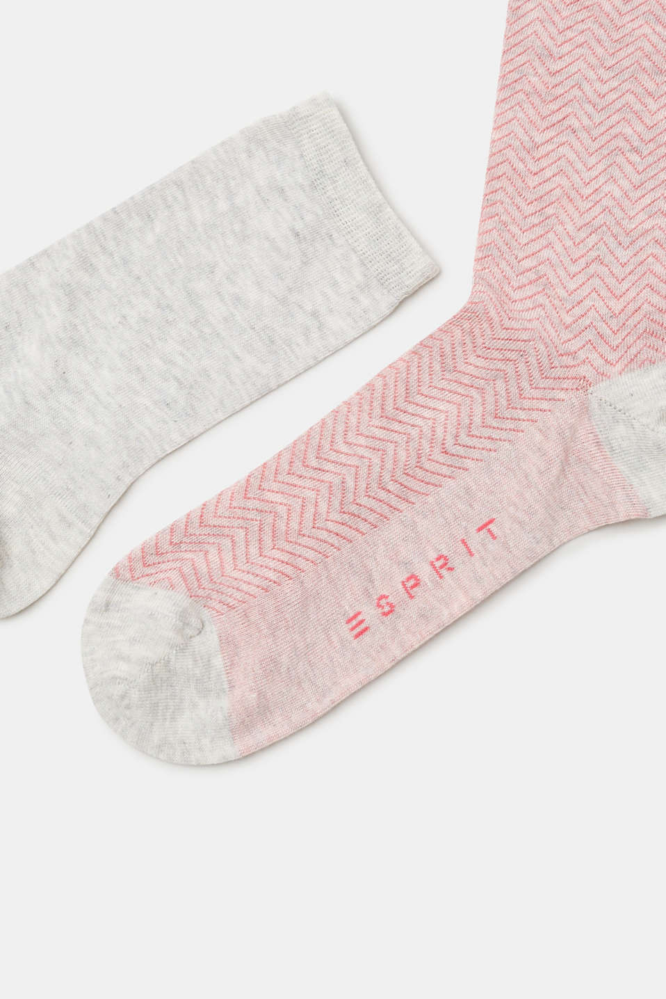Double pack of socks with a zig-zag pattern
