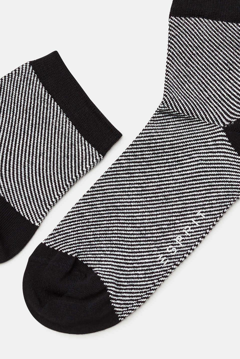 Socks with a striped design, in blended cotton