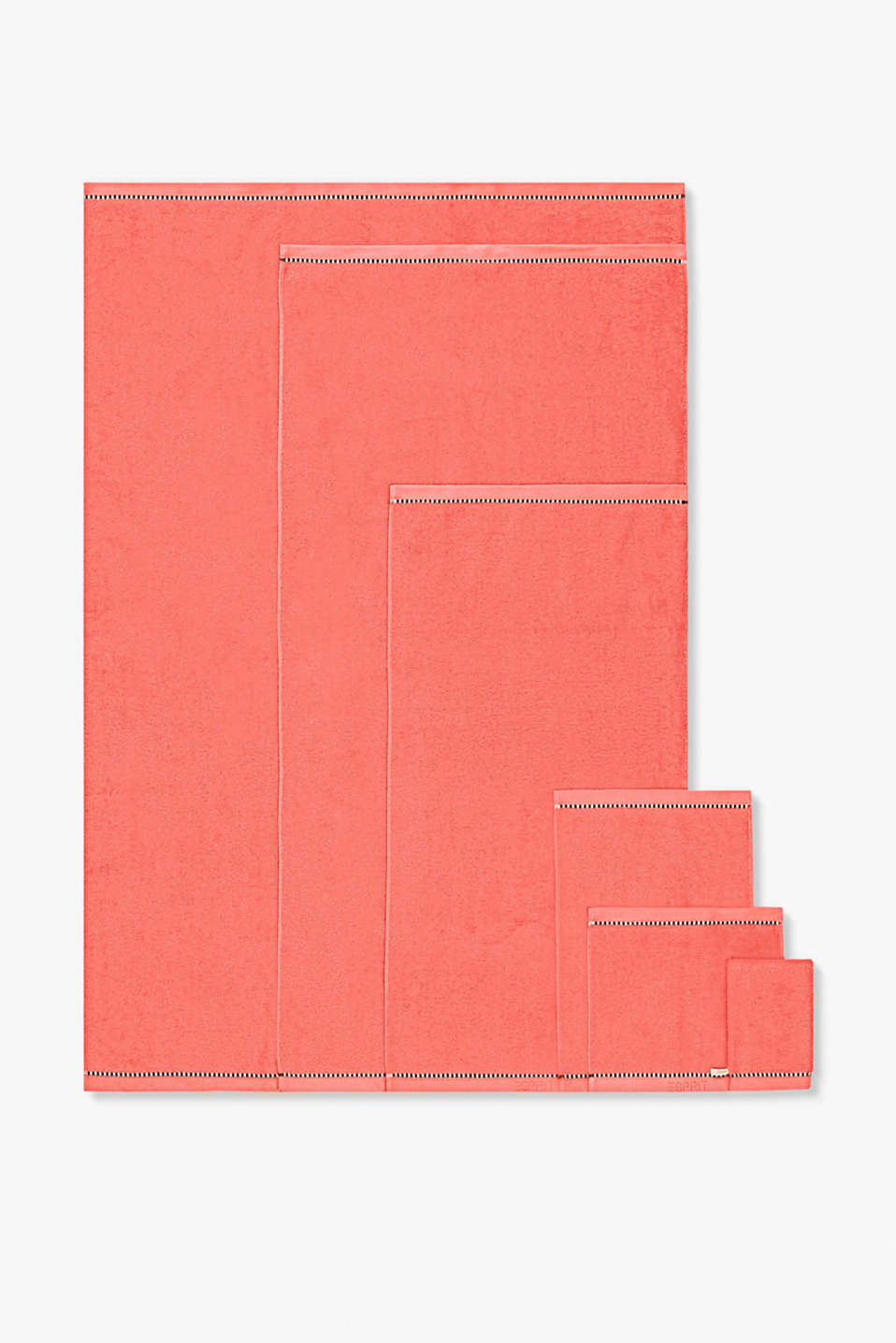 With TENCEL™: Terrycloth towel collection, CORAL, detail image number 4