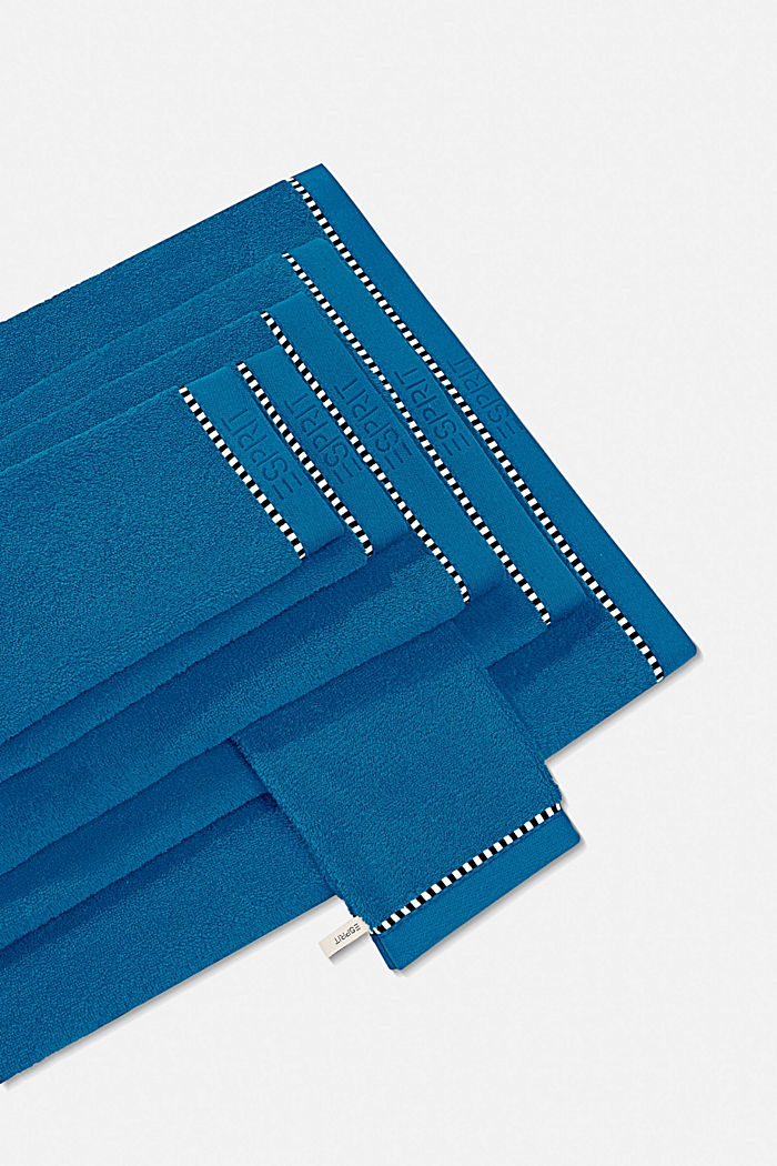 With TENCEL™: terry cloth towel collection, OCEAN BLUE, detail image number 0