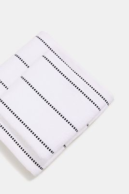 With TENCEL™: terry cloth towel collection, WHITE, detail