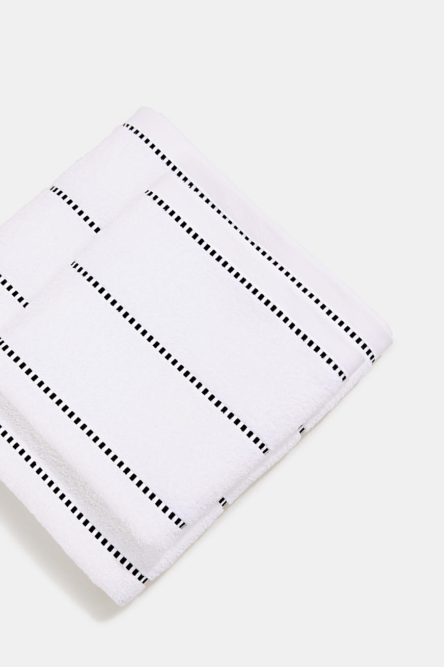 À teneur en TENCEL™ : la collection de serviettes en tissu éponge
