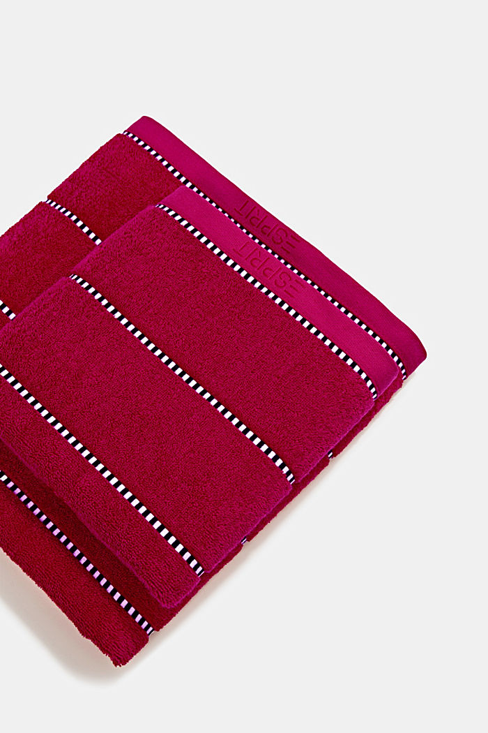 With TENCEL™: terry cloth towel collection, RASPBERRY, detail image number 0
