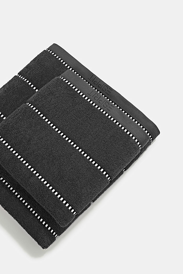 With TENCEL™: terry cloth towel collection, GREY STEEL, detail image number 0