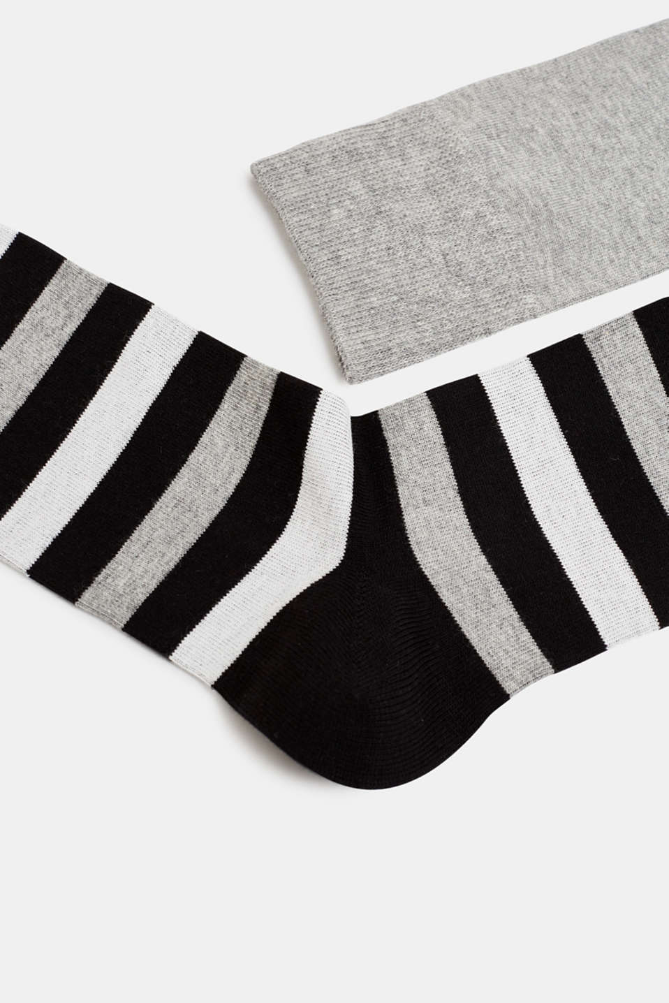 In a double pack: plain and striped socks, BLACK, detail image number 1