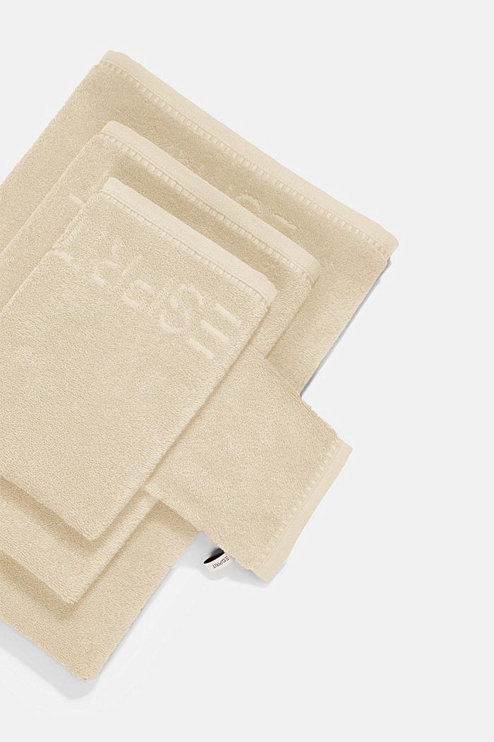 Z TENCELEM™: seria jednokolorowych ręczników z froty, SAND, detail image number 4